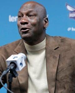 Michael Jordan, propietario de los Hornets.