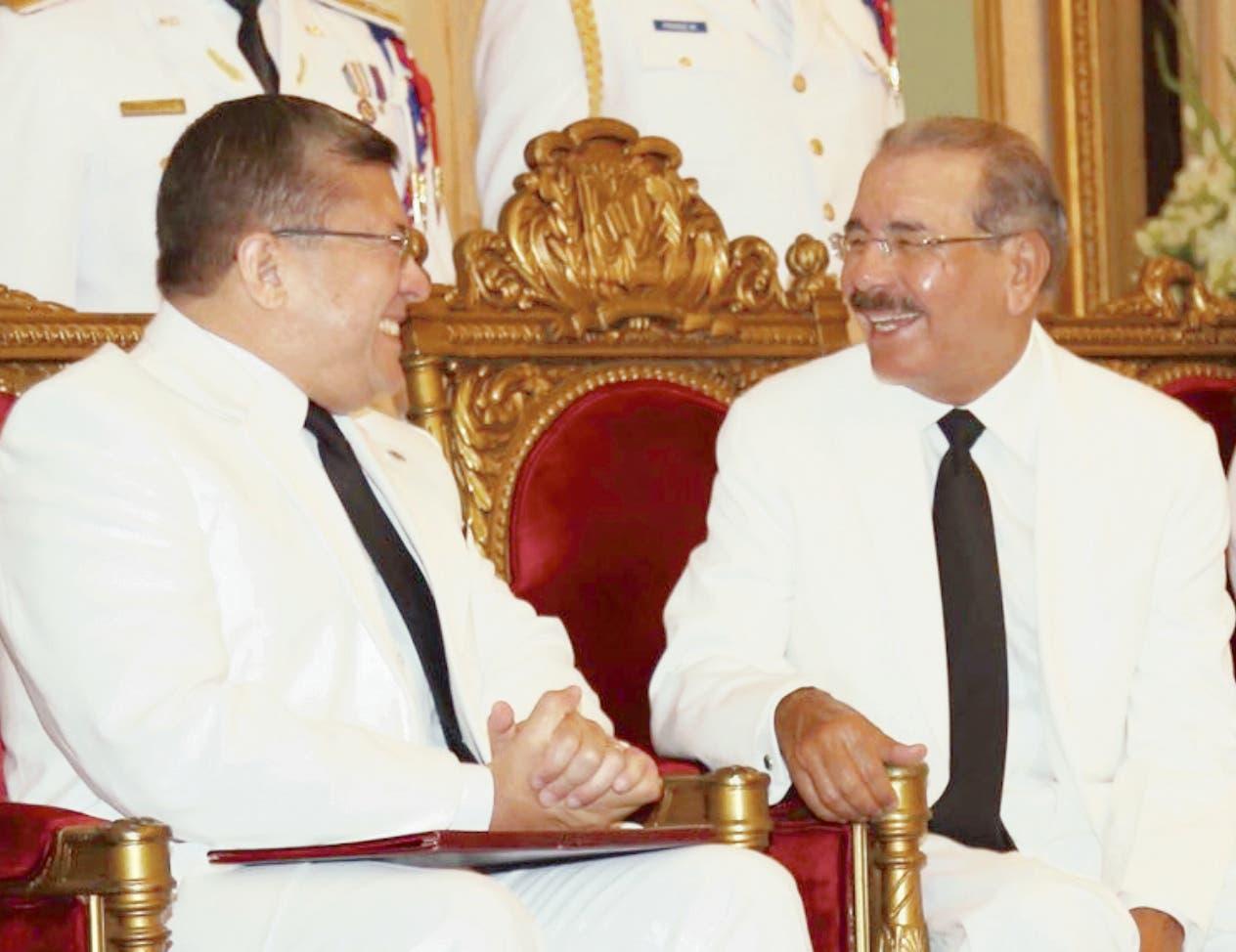 En mayo de 2016 Uzcátegui Duque presentó cartas credenciales ante Danilo Medina.