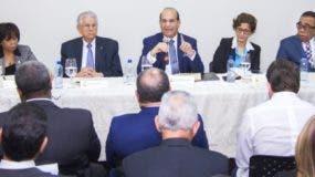 El acuerdo entre la JCE  y los partidos para   que el Estado financie las primarias  ha tenido rechazo en la sociedad.  Archivo.