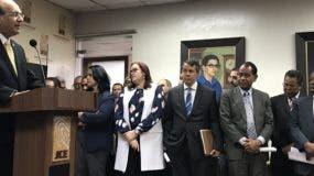 Cataños Guzmán da detalles  a la prensa sobre  cómo motivarán la búsqueda de los recursos en el Gobierno para las primarias.