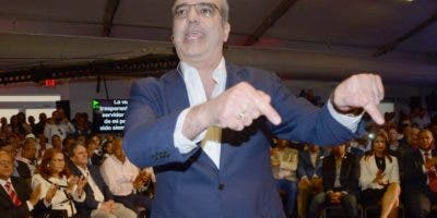 Luis Abinader presenta equipo de trabajo. JOSÉ DE LEÓN