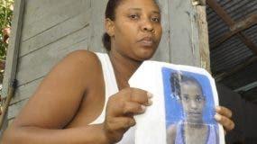 La familia de la niña exigió justicia contra los imputados.