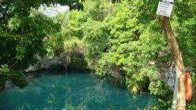 Laguna Dudú es  de los  pocos sistemas kársticos con cavernas y aguas profundas  de peligro.