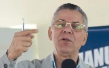 Manuel Jiménez visitó ayer Los Tres Brazos.