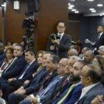 Castaños Guzmán habla en reunión con partidos. Archivo.