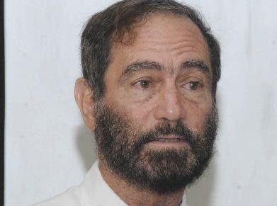 Miguel Grullón, mercadólogo. Aracelis Méndez