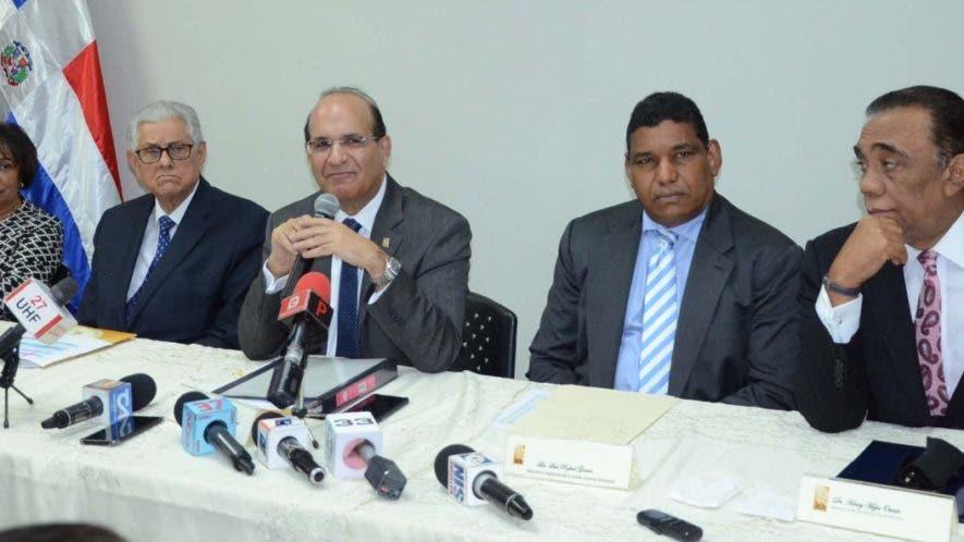 Organismo   electoral dará a conocer más adelante los  términos de licitación.  José de León