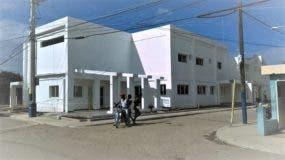 aun-no-terminan-remozamiento-hospital-municipal-de-villa-isabela-obra-lleva-mas-de-4-anos-en-construccion