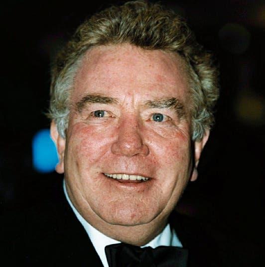 Albert Finney, nacido en mayo de 1936, fue un actor de larga trayectoria filmográfica, con unas sesenta películas a sus espaldas y cinco nominaciones para los premios Óscar.