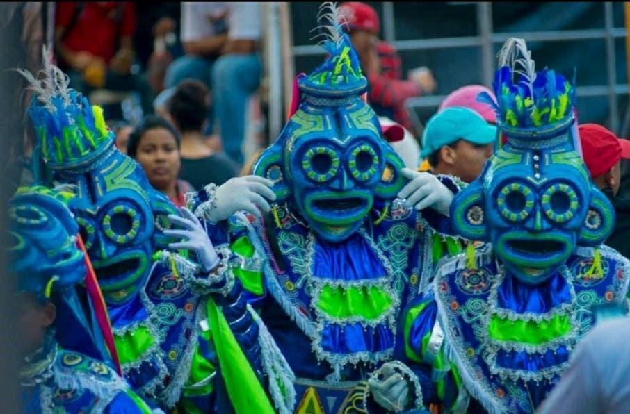 carnaval-de-puerto-plata-arranco-este-domingo-con-notable-exito