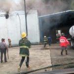 casa-brugal-aclara-que-ningun-empleado-fue-afectado-por-incendio-en-deposito-i