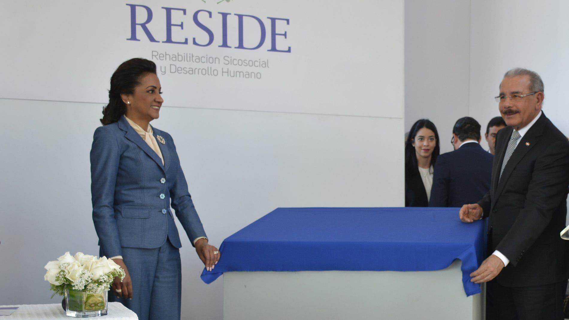 Danilo Medina y la primera dama  Cándida Montilla de Medina.