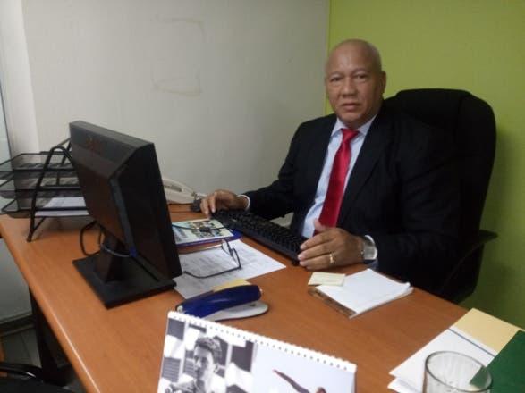 Designan al periodista Domingo Del Pilar encargado de Comunicaciones de FEDOMU