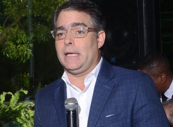 """Ernesto Selman: """"Modificar Constitución enviaría la peor señales a inversionistas internacionales"""""""