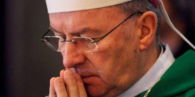 Luigi Ventura fue designado nuncio a Francia en septiembre de 2009.