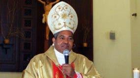 Obispo de la diócesis de Puerto Plata-Gaspar Hernández, Julio César Corniel Amaro.
