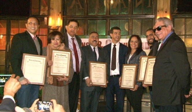 prensa-comunidad-reconoce-a-valores-dominicanos-en-ny