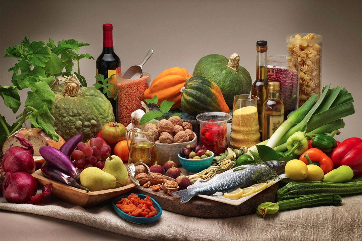 El estudio destaca los beneficios de la dieta mediterránea, en especial del aceite de oliva y los frutos secos.