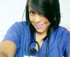 Yina Cabrera está ingresa en un centro de salud de San Isidro.