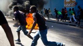Este lunes se volvieron a producir protestas en la capital, Puerto Príncipe. AP