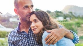 Una variante en el gen receptor de la hormona oxitocina está asociado a un mayor nivel de satisfacción conyugal, de acuerdo al estudio de la Universidad de Yale.