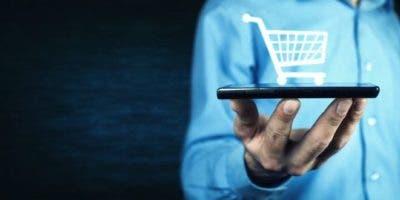 ¿Qué tipo de cosas compras a través del celular? La respuesta puede ser importante para tu economía.