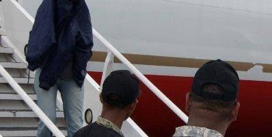 Más de 390 dominicanos han sido deportados.