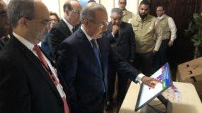 El pleno de la JCE mostró el voto electrónico a Medina.  Archivo