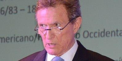 Roberto Álvarez. José de León