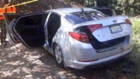 El vehículo donde hallaron los cuerpo era alquilado. Archivo