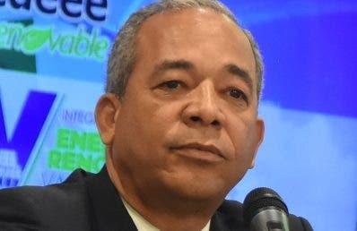 Vicepresidente de las EDES se querella contra Bichara, un hermano y dos cuñados de Danilo Medina