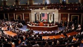 Si el Senado vota a favor de bloquear a Donald Trump, lo obligaría  a  vetar la iniciativa.