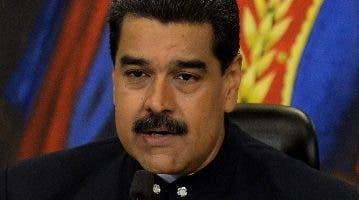 Nicolás Maduro hará una reestructuración interna.