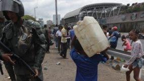 Venezuela enfrentan momentos de angustia tras apagón.