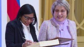 Valentina Matviyenko, se reunió  con la vicepresidenta de Venezuela, Delcy Rodríguez.