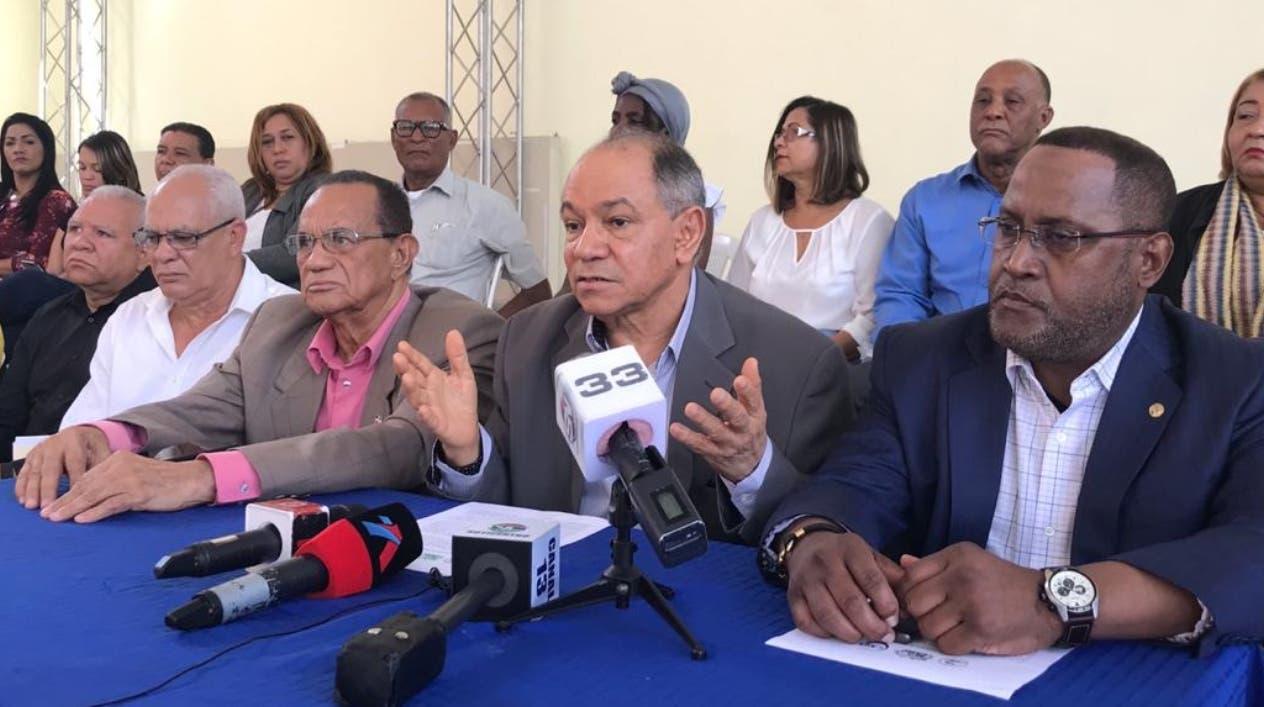 Los sindicalista  llamaron a  la sociedad a marchar por las demandas reivindicativas del sector.