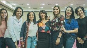 Ileana Hernández, Giovanna Jiménez, Rosa Ortega, Mildred Minaya, Melissa Tapia, Mariely Quéliz y Ali Abukarma.