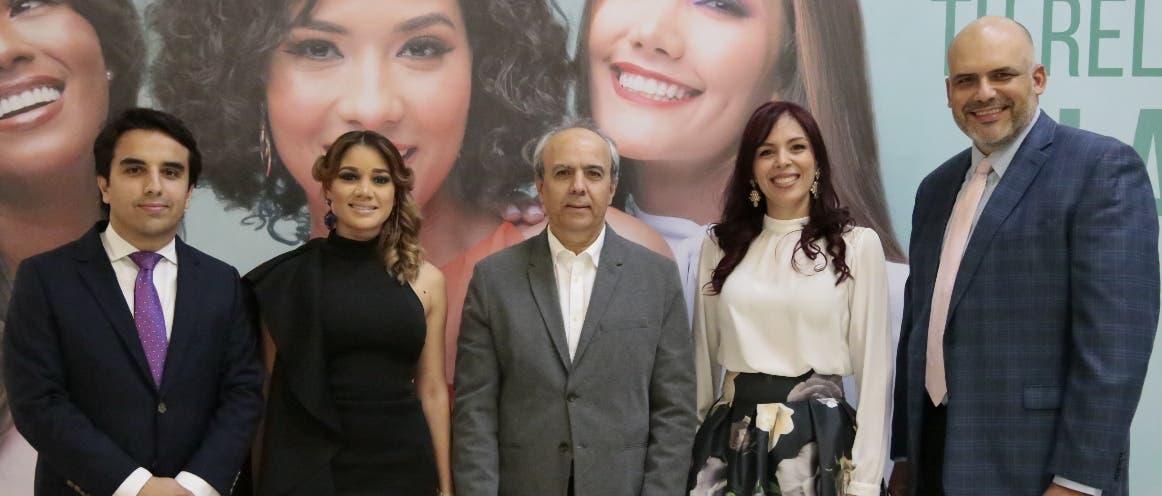 Michael Weinerth, Somayri Aquino, Edelmiro Rodríguez, Marjorie Yermenos y Juan Garza, en el lanzamiento de la campaña.