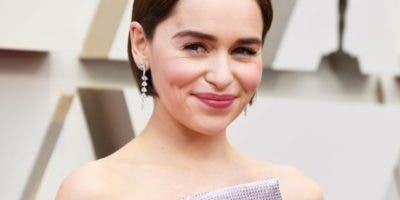La actriz Emilia Clarke dijo pensaba iba a morir.  AGENCIA