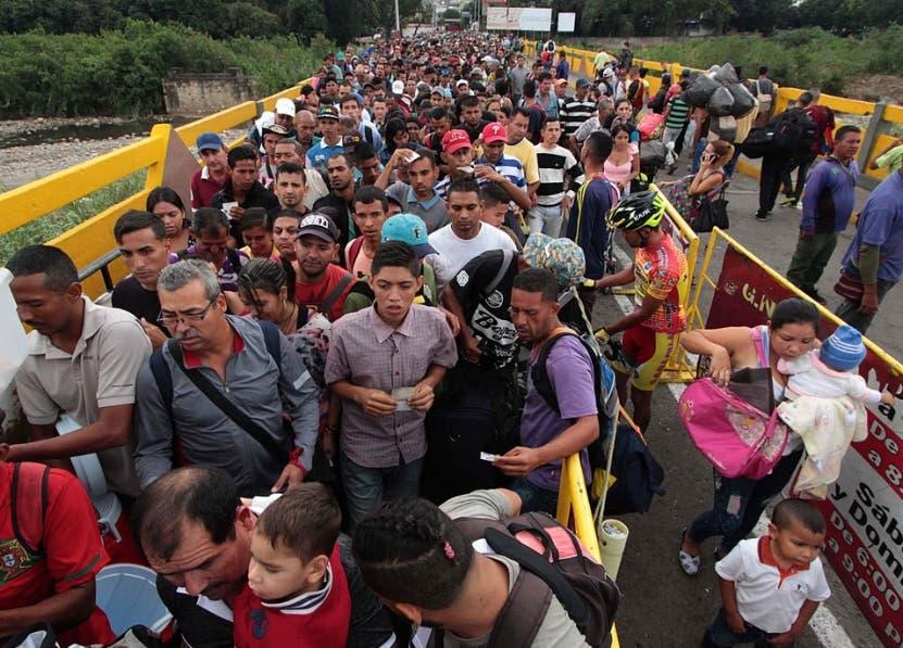La crisis económica  de Venezuela influye en la migración.