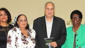 Yoselyn Jiménez, Zeneyda de Jesús Contreras, Rafael Bello y Celsa Albert Batista.