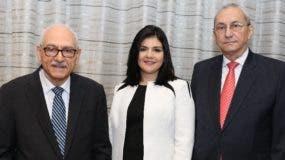 Francisco Canahuate, Juanita Canahuate y Jorge Subero Isa.