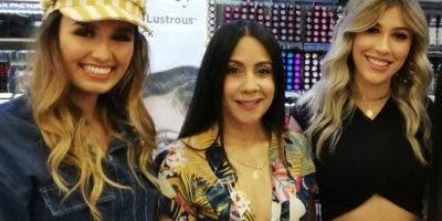 Jessica Klemps, Pily Filpo y  Vicky Álvarez.
