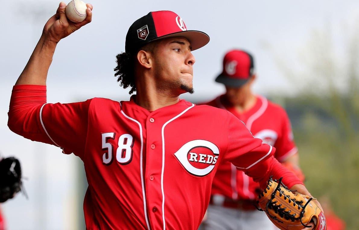 Luis Castillo se ganó el privilegio de lanzar en la apertura de  su equipo en  Cincinnati.  AP