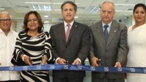 Luis López, Nurys Marte, Gustavo Ariza, Marcelino Fernández y Rarda Sánchez.