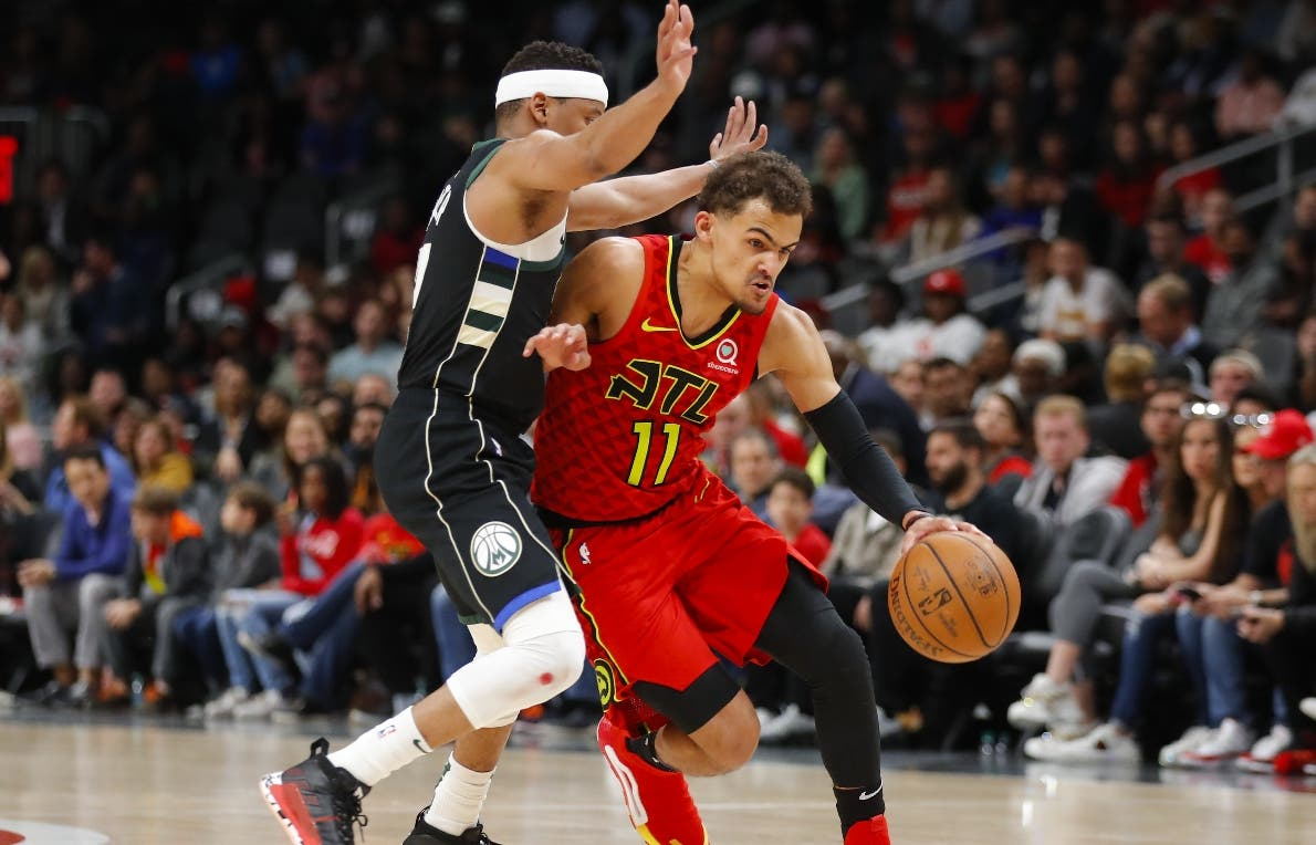 Young anota el tiro decisivo para Hawks