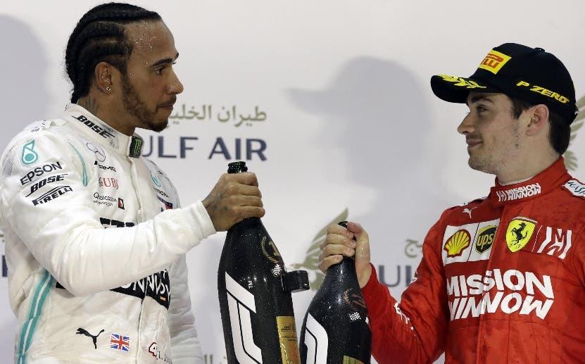 Hamilton gana dramática carrera de F1 en Bahréin