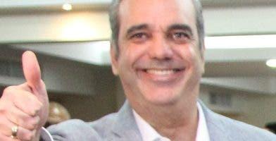 Luis Abinader aspirante presidencial por el PRM.