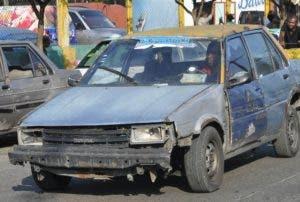 Vehículos no cumplan inspección serán multados.