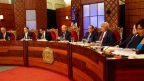 Miembros del Consejo Nacional de la Magistratura durante las evaluaciones.  AGENCIA FOTO